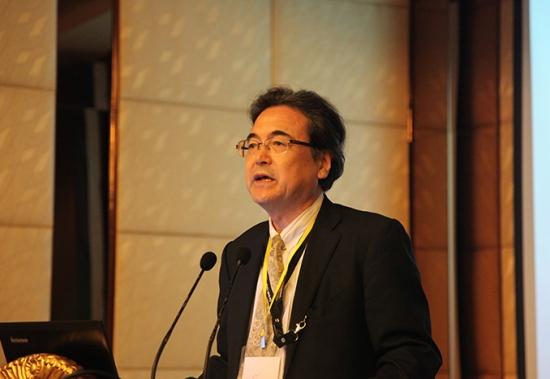 日本著名食用菌专家、Kinokkusu株式会社研究所所长木村荣一先生:日本蘑菇种菌的菌株性能维持 (3)