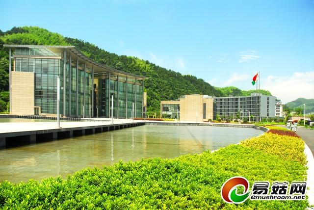 以四星级酒店标准建设的杭州双枪厂区实景