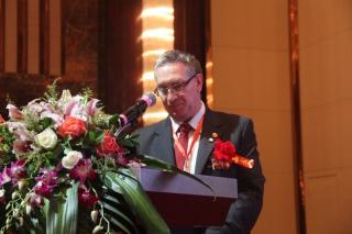 greg seymour:《第十九届国际食药菌大会和第34届荷兰蘑菇节最新进展》 ()