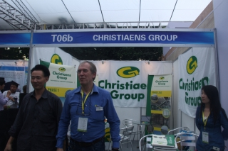 T06b  CHRISTIAENS GROUP ()