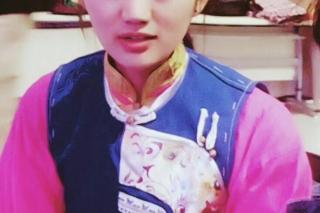 """""""松茸妹妹""""斯南拉木:想回香格里拉,当个藏文老师 ()"""