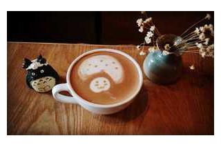 在咖啡中加入蘑菇粉 英国年轻人兴起喝蘑菇咖啡