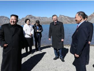 金正恩向韩方离散家属赠2吨松茸作中秋礼物  一人一斤