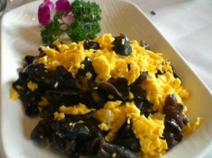 黑木耳和鸡蛋,怎么做才营养美味?