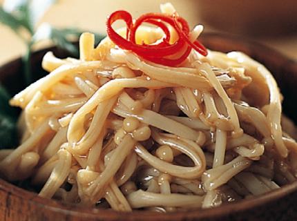 白油金针菇,好吃的川菜小炒一步一步教你做