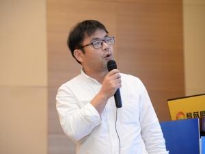 李熠:中国虫草资源