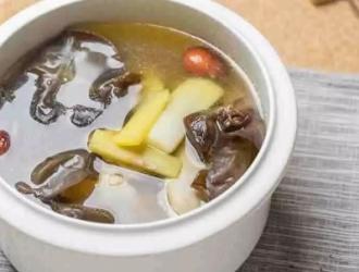 香菇柴鸡汤,促进代谢