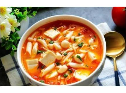 冬季降糖吃什么,番茄豆腐鲜菇汤降糖开胃,酸甜可口,老少皆宜