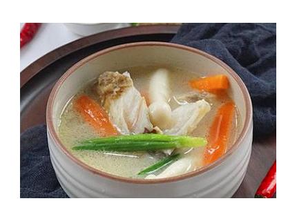 鲜菇鱼头汤——祛风止痛健脑提神的高营养美味!